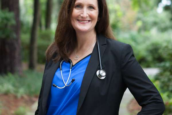 Headshot of Dr. Anastasia Albanese-O'Neill